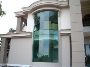 protivopozharnoe-osteklenie-fasada
